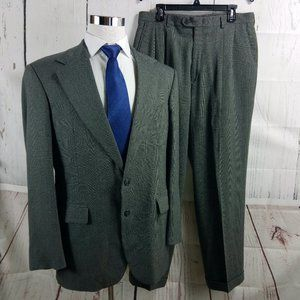 Haggar Black Label 42R 2 Buttn Gray Plaid 2pc Suit